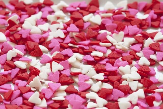 hearts-937664_640