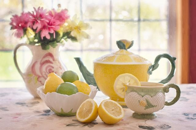 tea-with-lemon-783352_640-compressor