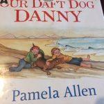 5,6,7歳向け英語絵本♪OUR DAFT DOG DANNY僕たちのまぬけな犬ダニー